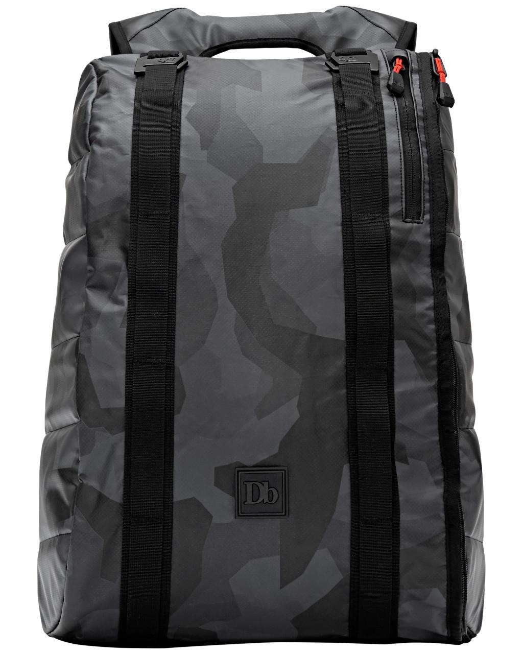 The Base 15L LTD Black Camo